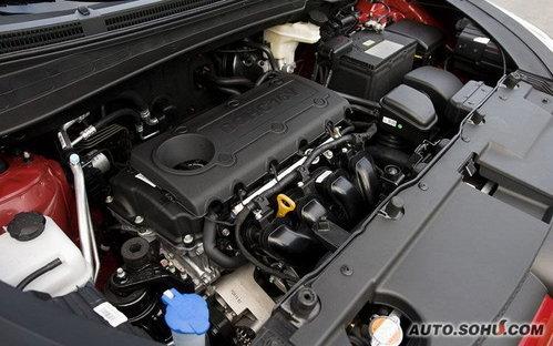 全铝制发动机,使用双凸轮轴,16气门还有可变气门正时技术.