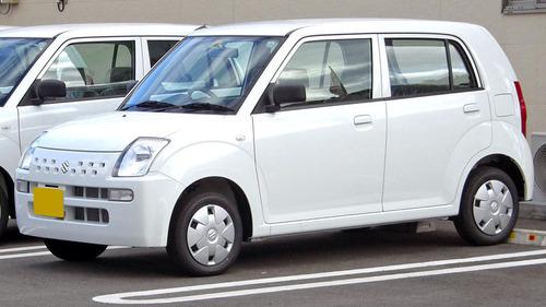 2004年-2008年 第六代铃木奥拓(ha24),有点像雨燕.