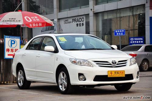 2011款一汽丰田新卡罗拉1.8GL-i CVT天窗版