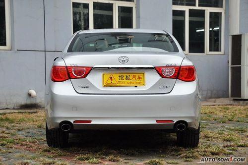 2011款一汽丰田新锐志2.5V风度箐英版