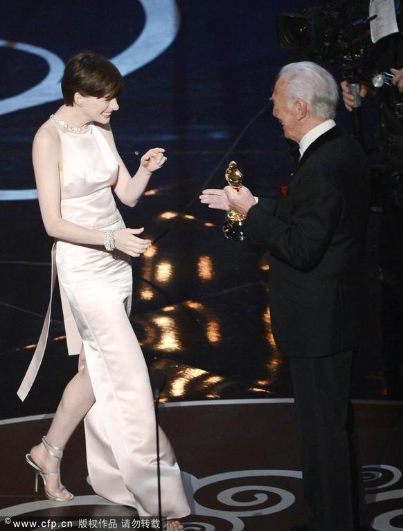 第85届奥斯卡颁奖典礼在美国杜比剧院举行.搜狐视频全程直击颁奖