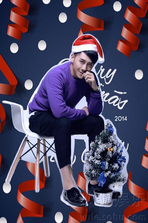 邀请拍摄最新以圣诞为主题的写真大片.镜头下的刘梓豪身着紫色