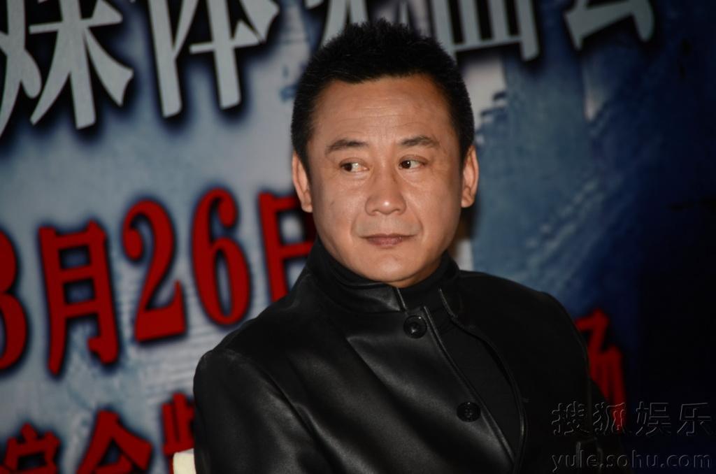 上海新闻综合频道的电视剧《刀影》来沪,该剧讲述了国民党军高清图片