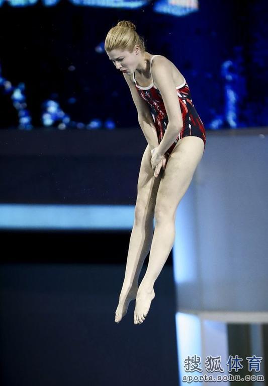 推出的国内首档明星跳水竞技节目《星跳水立方》终于要在今晚22:00图片