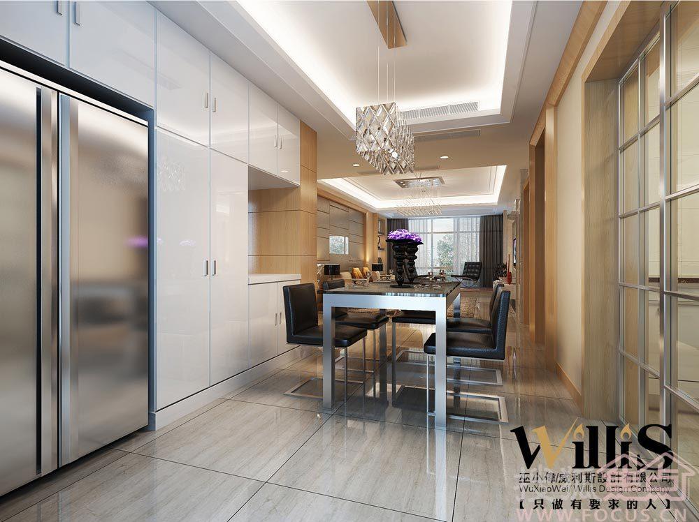 软包、仿木纹砖、壁纸、地板等 案例说明: 室内装修不仅仅在