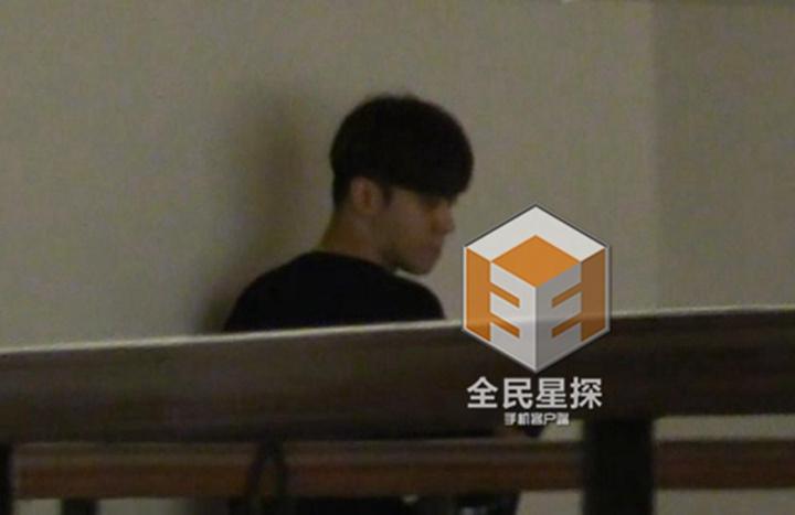 探APP爆料,小猪罗志祥和网红周扬青酒店密会,据悉,罗志祥日