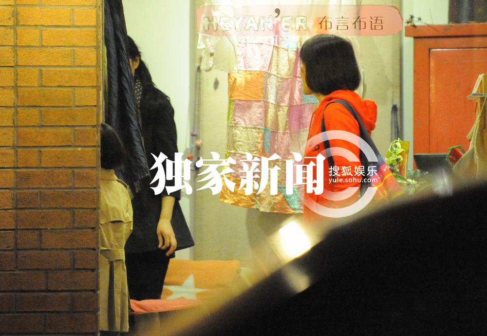 李亚鹏和王菲的女儿李嫣出生,这个患有唇腭裂的女儿给夫妻俩高清图片