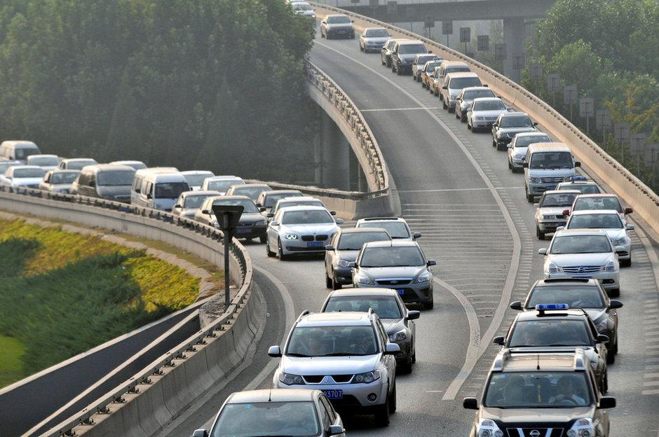 年10月7日,北京四惠桥,黄金周最后一天,下午4点左右,京通快速