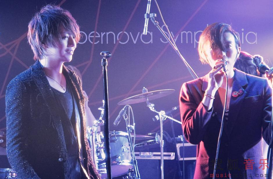 果味VC与日本乐队新歌首唱 新贝斯手首次亮相