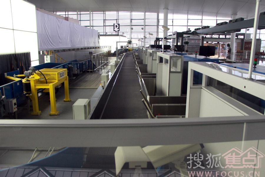 国际航班大件行李托运处:位于t2航站楼出发大厅