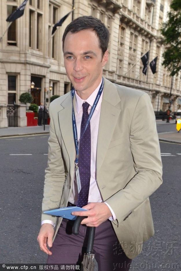 伦敦,当地时间6月27日,《生活大爆炸》谢耳朵扮演者谢尔顿-李-库珀