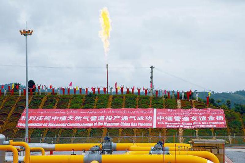 图片   重新浏览   全部图片   中缅天然气管道开始向中国通