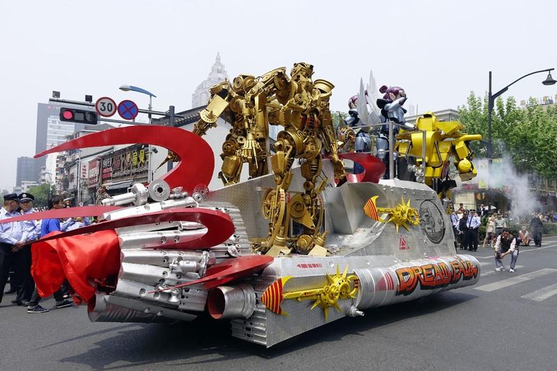 中国国际动漫节往届彩车巡游精彩现场图片