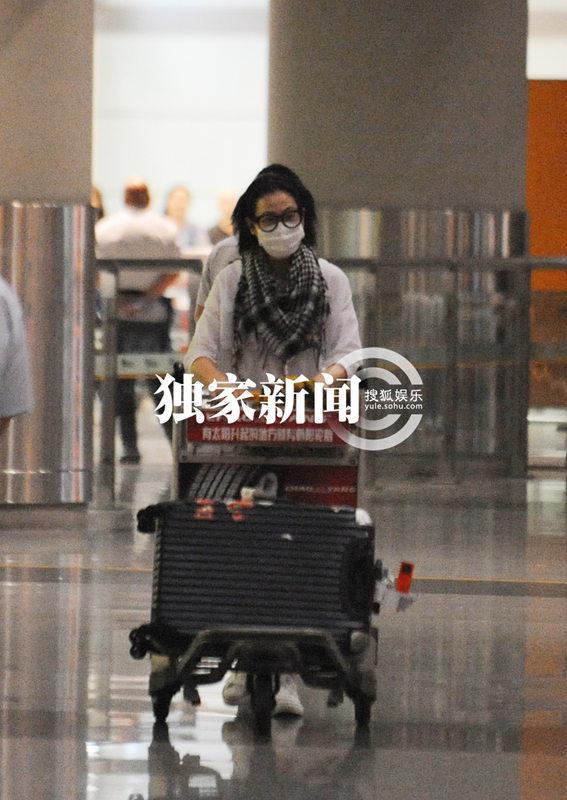 刘若英/点击浏览下一张图片