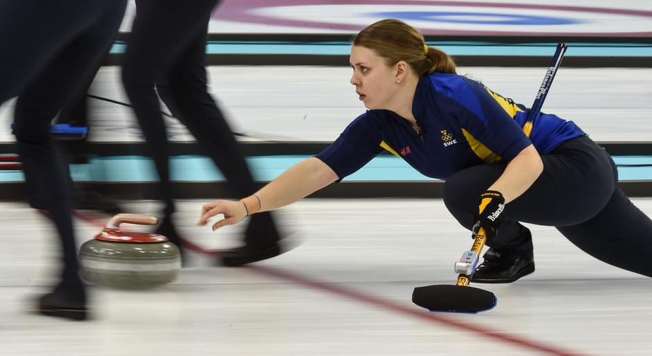 高清:女子冰壶瑞典5 4俄罗斯