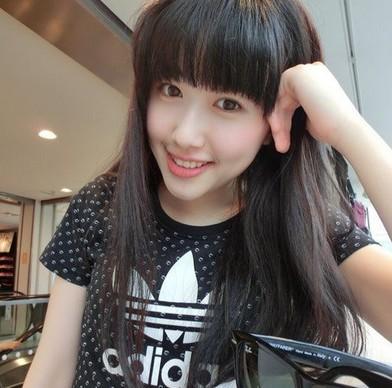 """""""人大女神""""康逸琨最爱chanel"""