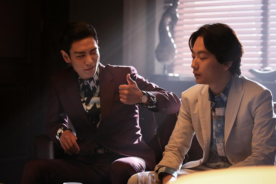 老千技术_bigbang成员top《老千2》展现多样魅力变身