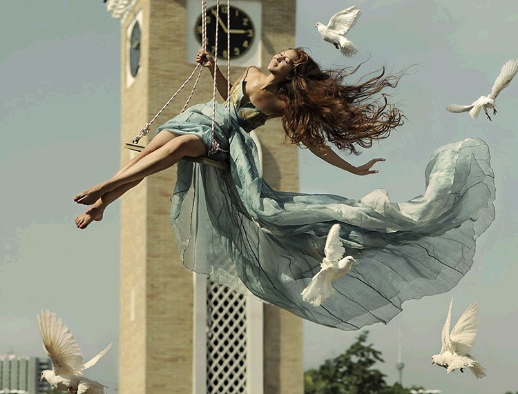无重力影像 悬浮的舞者创意人像摄影