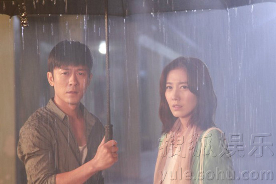 雨中戏份搜狐娱乐讯由林申,高露领衔主演的电视镇魂网剧有床戏吗图片