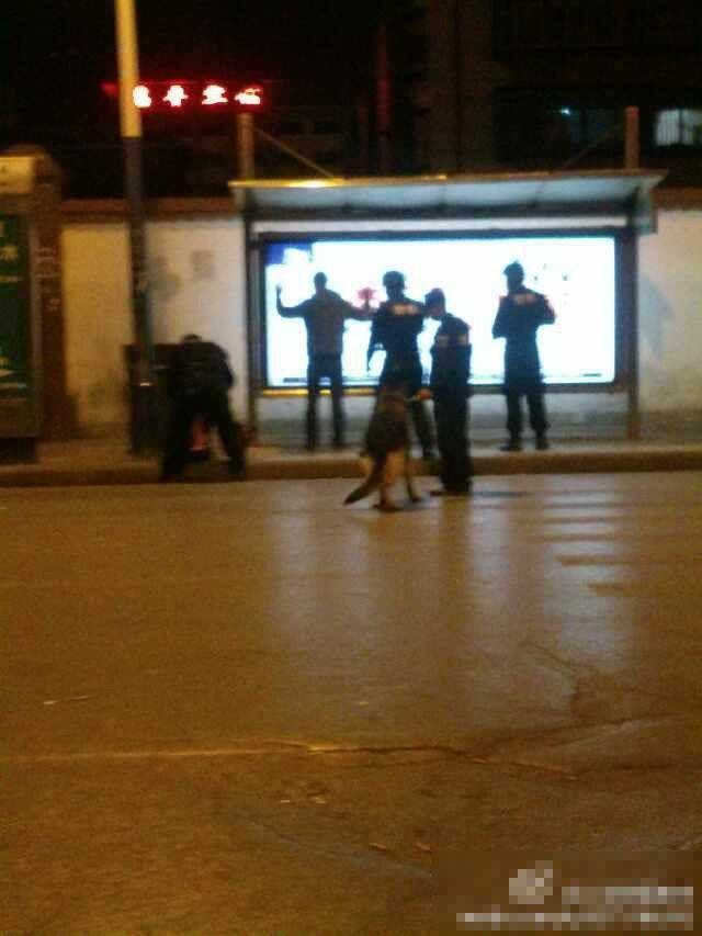 昆明恐怖袭击女暴徒_昆明暴力恐怖袭击案 被击毙的凶手图片-资讯-杭州生活网