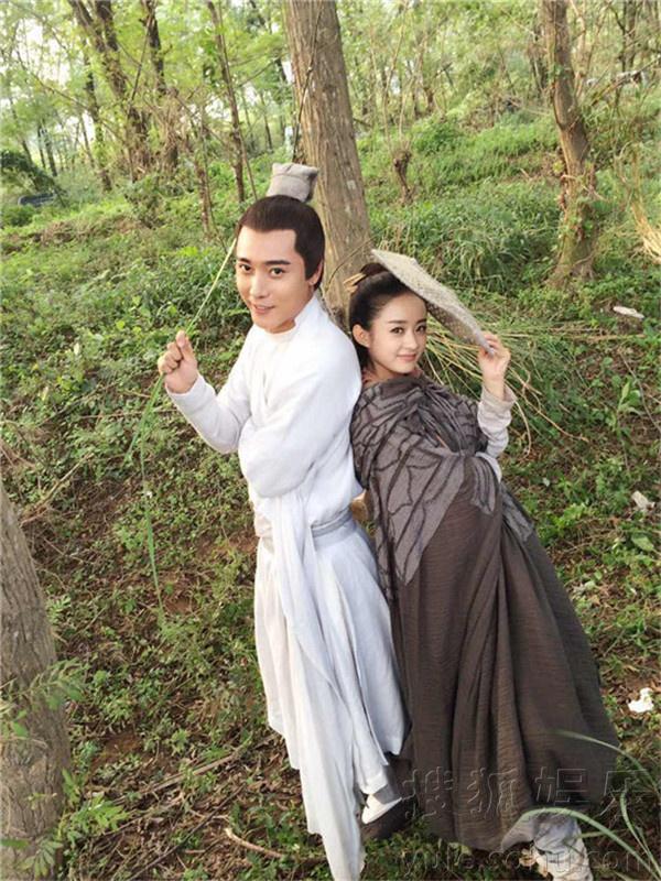 张丹峰《花千骨》上演泡妞计 和赵丽颖互动多