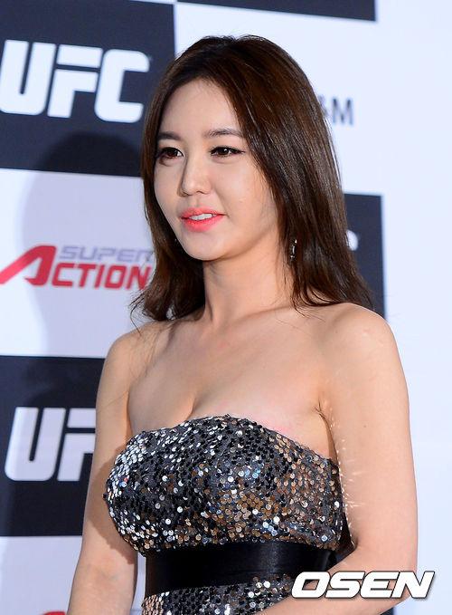 清:韩国宝贝助阵UFC新加坡赛 美女性感迷人6