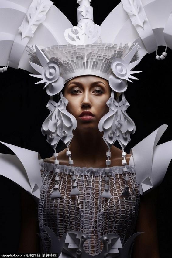 乌克兰艺术家纸雕婚纱屌炸天
