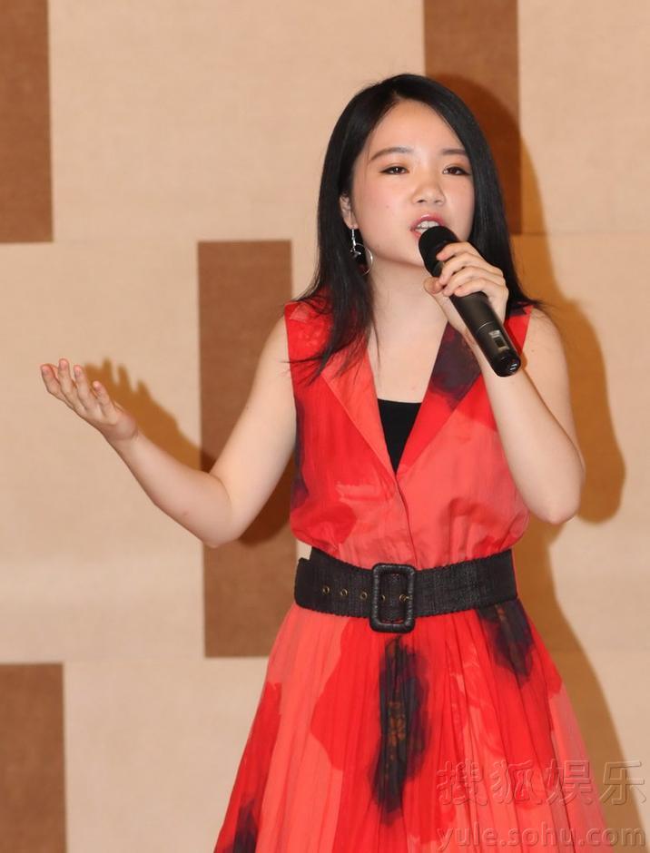 耶鲁才女李思琳发新专辑 付林等音乐家力挺图片