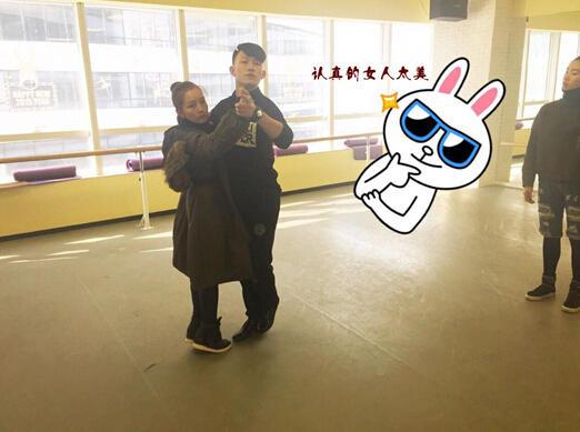 刘涛晒素颜健身照卖萌 女星健身美照大pk