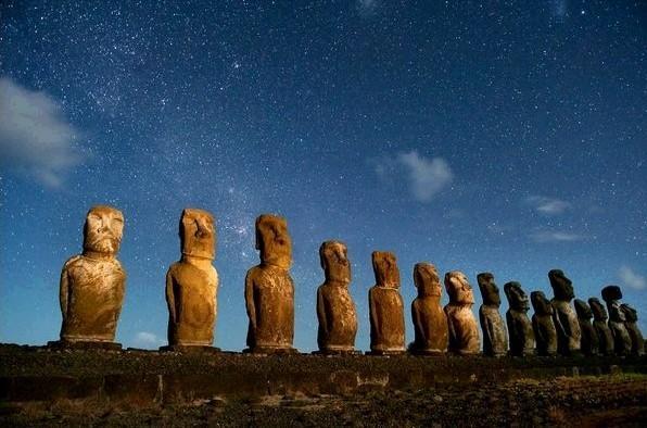 摄影必拍风景  自然界的天然素材   复活节岛石像