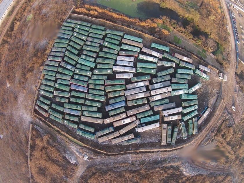 不逊美飞机坟场 杭州市机动车排气污染管理处主任