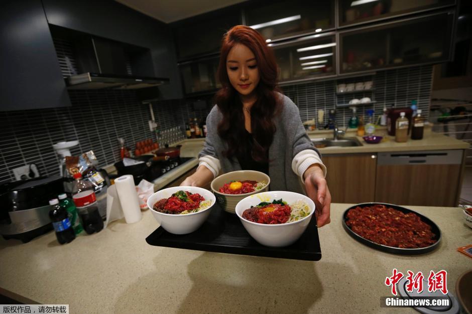 韩国美女视频直播吃饭每天三小时6150498 娱