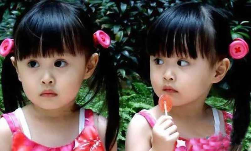台湾人气双胞胎曝近照 12岁姐妹花萝莉变美少女