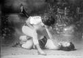 黑白旧照揭示女子拳击的艰难发展史