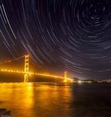 """【搜狐科学消息】据国外媒体报道,这些梦幻般的图片展现了来自世界各地的漂亮夜空,是年度""""夜晚的世界:地..."""