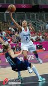 2012年8月4日,2012年伦敦奥运会女篮小组赛,英国77:80负法国。更多奥运视频>> 更多奥运...