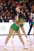 北京时间3月2日晚,14-15赛季CBA联赛继续半决赛第3场角逐。坐镇主场的辽宁男篮经过四节较量以1...