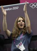 北京时间2012年8月5日,凯特王妃现身手球观观看英国手球队与克罗地亚队的比赛。更多奥运视频>> 更...
