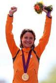 北京时间7月29日19点,2012年伦敦奥运会自行车女子公路赛如期进行。结果荷兰名将玛丽昂-沃斯以3...