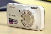 昨天尼康发布搭载Android智能操作系统的相机Coolpix S800C。尼康S800C最大的亮点...