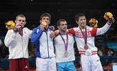 北京时间8月6日凌晨,2012年伦敦奥运会继续第9日角逐。在ExCeL展览中心进行的男子古典式摔跤5...