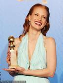 2013年1月14日搜狐娱乐讯,当地时间1月13日,第70届金球奖在美国比弗利山庄举行颁奖典礼,最佳...