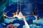 美国公告牌大奖 凯蒂佩里变身飞天仙子