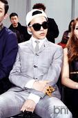 搜狐韩娱讯 3月29日,2013年春季首尔时装周在首尔汝矣岛IFC举行。G-DRAGON、miss ...