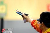 北京时间7月28日,2012年伦敦奥运会首个比赛日。在男子10米气手枪的决赛中,韩国选手秦钟午夺得冠...