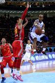 北京时间1月13日,北京男篮在主场迎战八一男篮,尽管实力差距比较明显,但是八一男篮打的十分顽强。(搜...