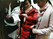 7日晚上六点多,西安地铁北大街站正值晚高峰,来来往往的乘客络绎不绝,而让人没想到的是,一名孕妇在地铁...