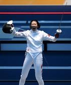 北京时间8月4日,2012年伦敦奥运会击剑比赛进入到倒数第二个比赛日。在女子重剑团体首轮比赛中,李娜...