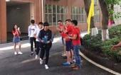 7日,TFBOYS组合队长王俊凯参加高考,引来众多粉丝围观。对于此,@TFBOYS组合 官博严厉谴责...