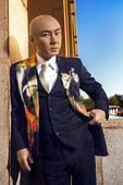 搜狐娱乐讯 张卫健横跨演员、歌手、脱口秀表演者多个领域屹立不倒二十年,今年坐镇《我是演说家》导师席,...